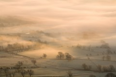 Castleton fields, mist and frost