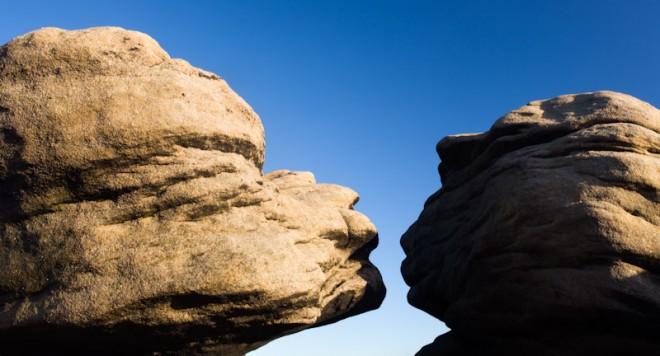 Bleaklow, Kissing Stones, closer