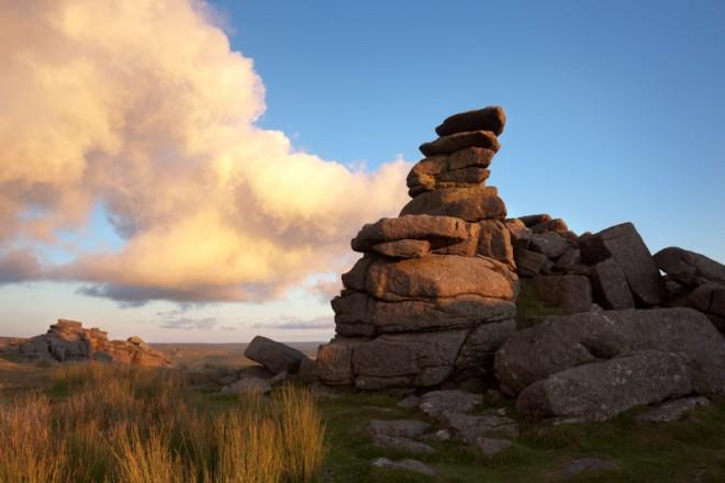Great Staple Tor, luminous cloud