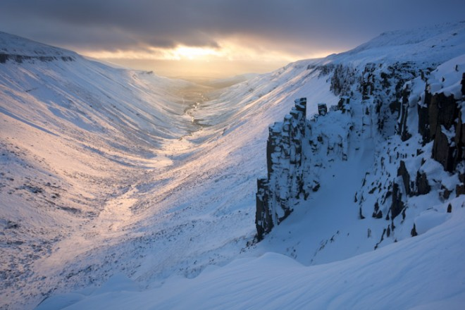 Deep midwinter, High Cup Gill